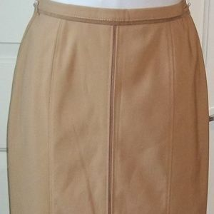 Ladies sz 6 fawn lined long skirt faux suede EUC